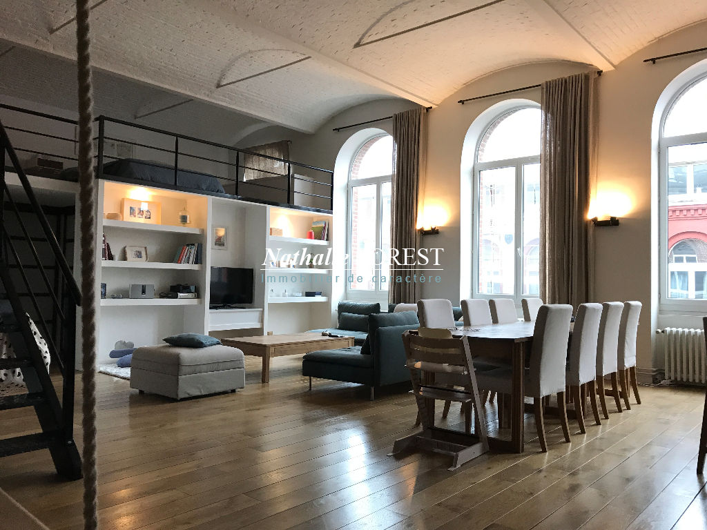 Lille- JB Lebas , Superbe loft de 103m2 (137m² utiles), parking privatif