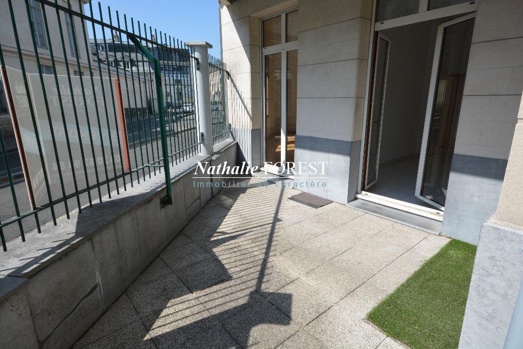 LILLE Nouveau Siècle Exclusivité ! Appartement  4 pièce(s) 89,70M2 3 Chambres, Terrasse, cave
