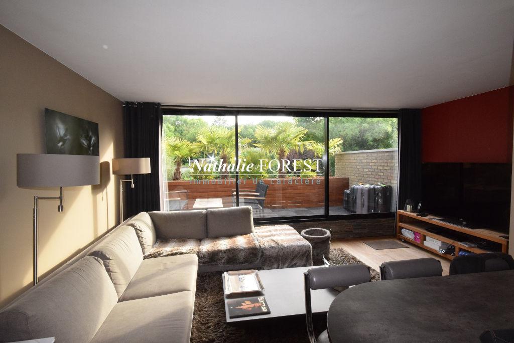 VILLENEUVE D'ASCQ Coeur de Brigode Prox Golf et Tennis Appt-Maison duplex T4 de 72,40M2 grande terrasse sud, 1 garage, 1 Parking