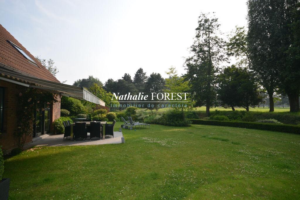 WAMBRECHIES GOLF! Maison familiale de 167m² hab sur 800m² de terrain, 5 chambres, garage 2V