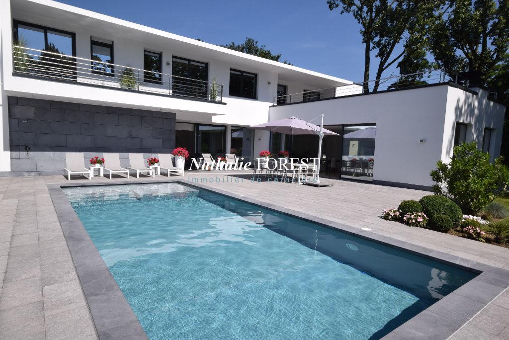 BONDUES Rare !  splendide maison Cubique, piscine extérieure sur 3100M2 de terrain