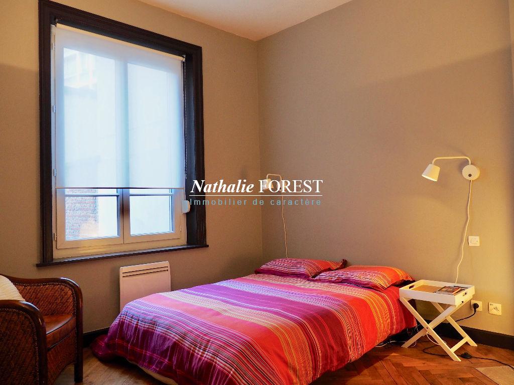 EXCLUSIVITE - LILLE République - Appartement T3 de 72 m2 avec cave.