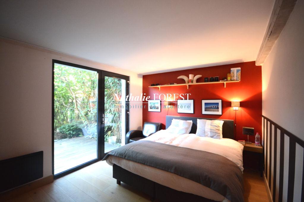 Marcq en Baroeul , plein croisé , idéal usage mixte , prox maison cubique const.2011 , bureau , 4 CH , jardin