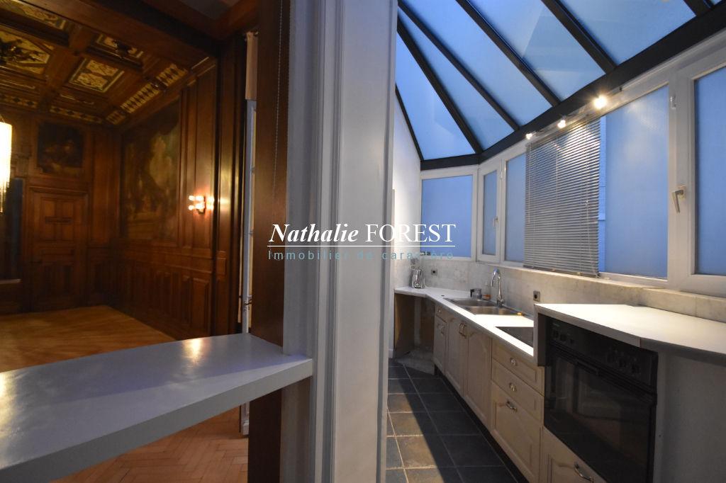 Lille Nationale - splendide appartement T3 en RDC sur cour, cave et parking sécurisé .