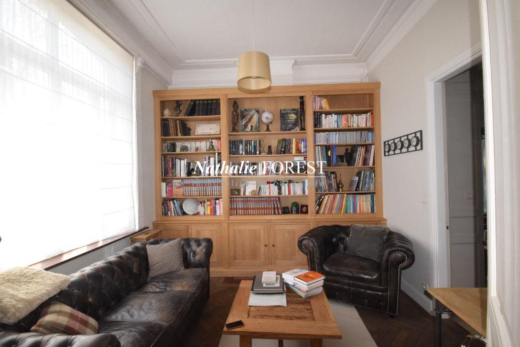 MOUVAUX Prox Centre Belle Maison bourgeoise entièrement rénovée 250M2 Hab, 5 Chambres, jardin , Garage