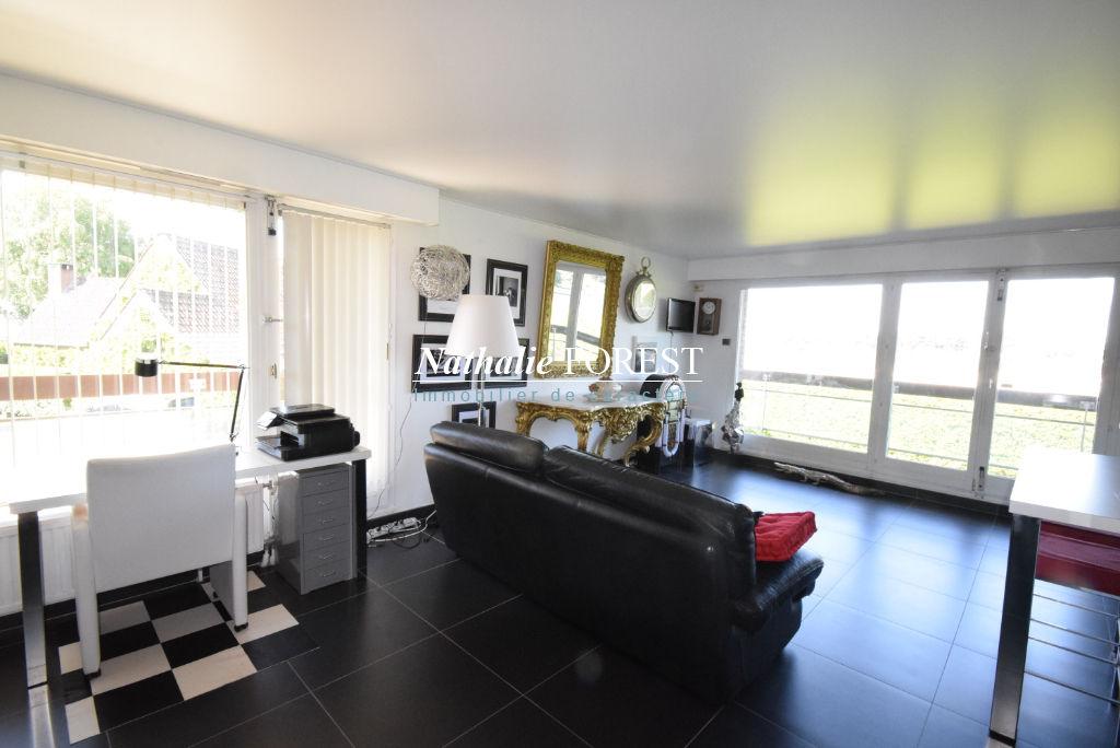 MARCQ-EN-BAROEUL Croisé et vue Hippodrome bel Appartement  4 pièce(s) rénové 92M2, 2 parkings
