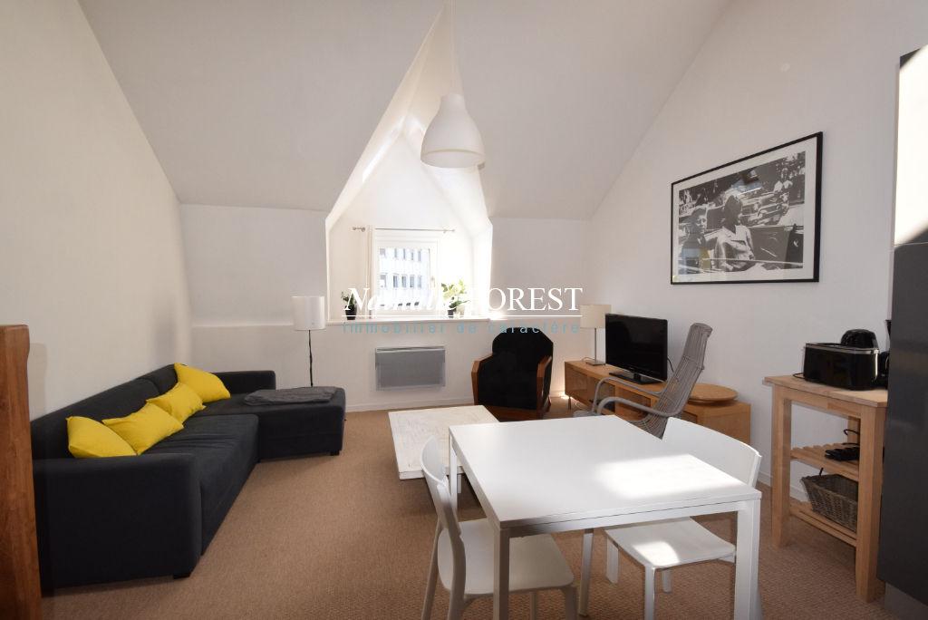 Exclusivité ! Vieux Lille prox Grand Place Appartement de standing Duplex  2 pièce(s) 40 m2 dernier étage !