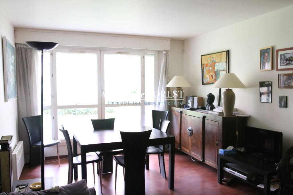 EXCLUSIVITE - Vieux Lille La Treille, Secteur Top ! Appartement T3, cave, garage