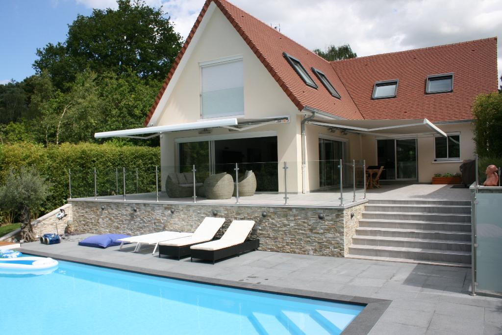 LE TOUQUET Forêt Belle Villa rénovée cadastrée sur 1350M2 avec piscine extérieure, jacuzzi, très grand sous-sol 200M2